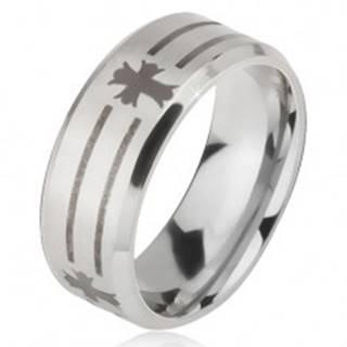 Matný oceľový prsteň - obrúčka striebornej farby, potlač pásov a kríža - Veľkosť: 52 mm