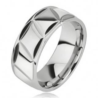 Prsteň z chirurgickej ocele, lesklý, kosodĺžnikový vzor - Veľkosť: 57 mm