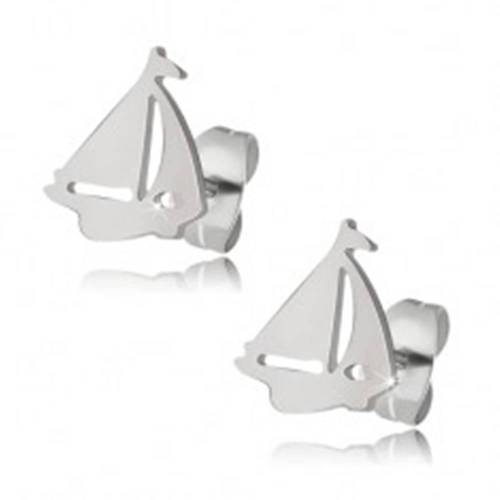Šperky eshop Lesklé náušnice z ocele striebornej farby, loď