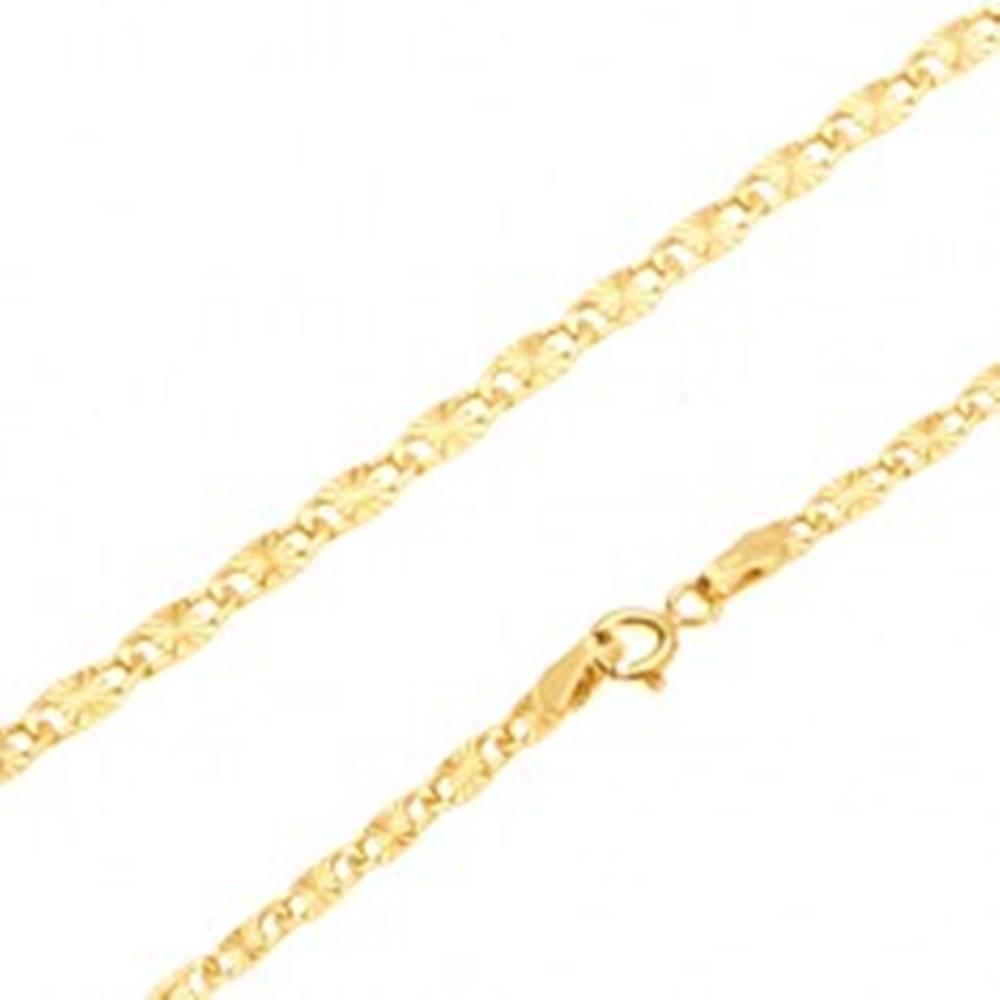 Šperky eshop Zlatá retiazka 585 - lesklé ploché podlhovasté články, lúčovité ryhy, 500 mm