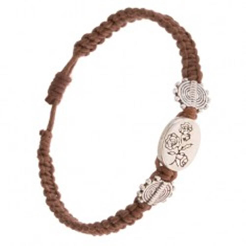 Šperky eshop Gaštanovohnedý náramok zo šnúrok, oválna známka s kvetmi