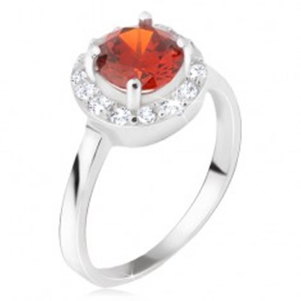 Šperky eshop Prsteň zo striebra 925, okrúhly červený kamienok, číry zirkónový kruh - Veľkosť: 48 mm