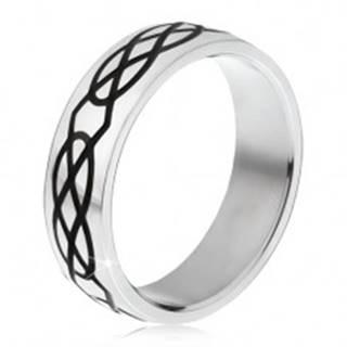 Oceľový prsteň - obrúčka striebornej farby, vzor zo sĺz a kosoštvorcov - Veľkosť: 57 mm