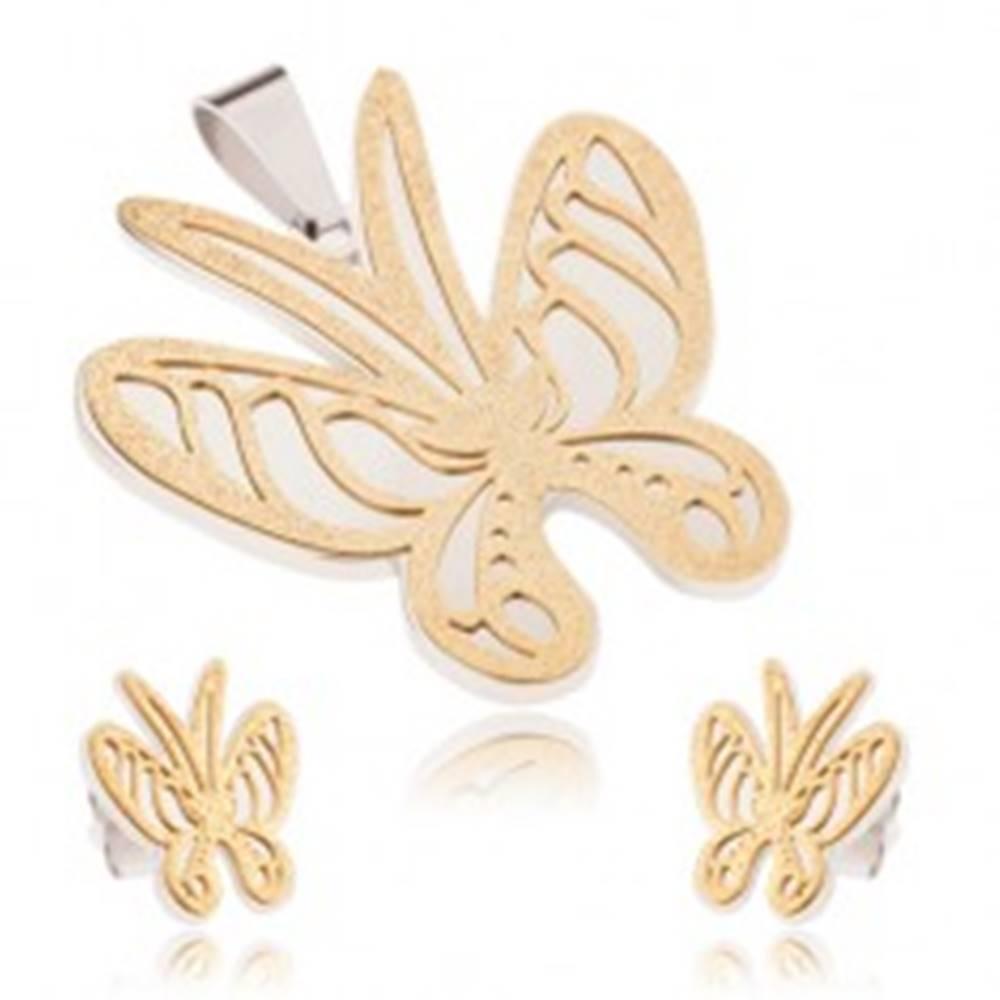 Šperky eshop Set z ocele zlato-striebornej farby, prívesok a náušnice, pieskovaný motýľ