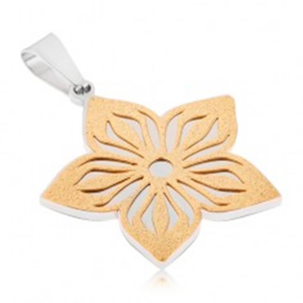 Šperky eshop Dvojfarebný prívesok z ocele - pieskovaný vyrezávaný kvet