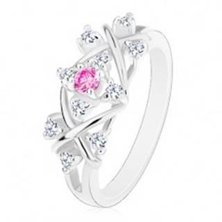 Prsteň striebornej farby, lesklé prekrížené línie, zirkóny čírej a ružovej farby - Veľkosť: 56 mm