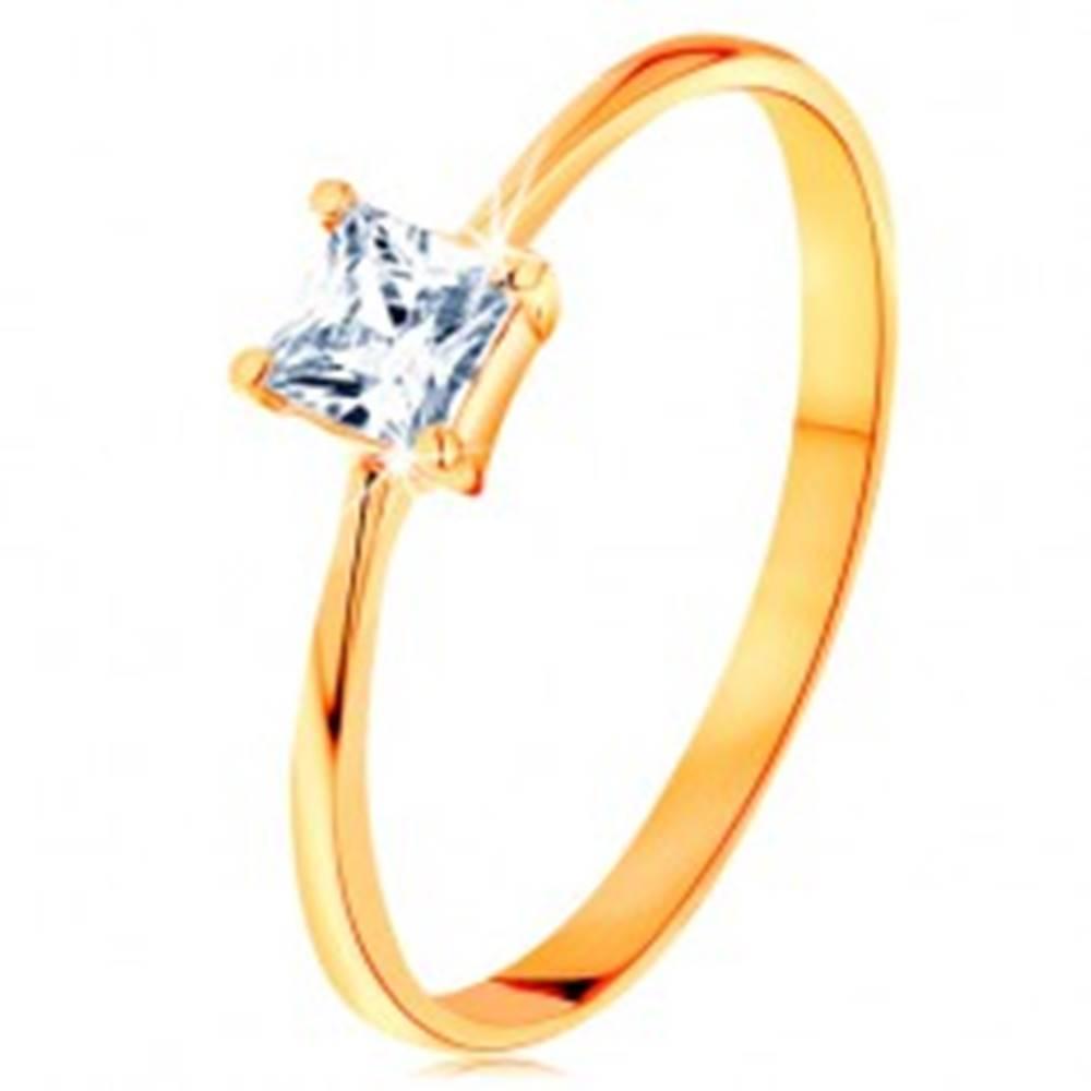 Šperky eshop Prsteň v žltom 14K zlate - vystupujúci zirkónový štvorec, hladké úzke ramená - Veľkosť: 49 mm