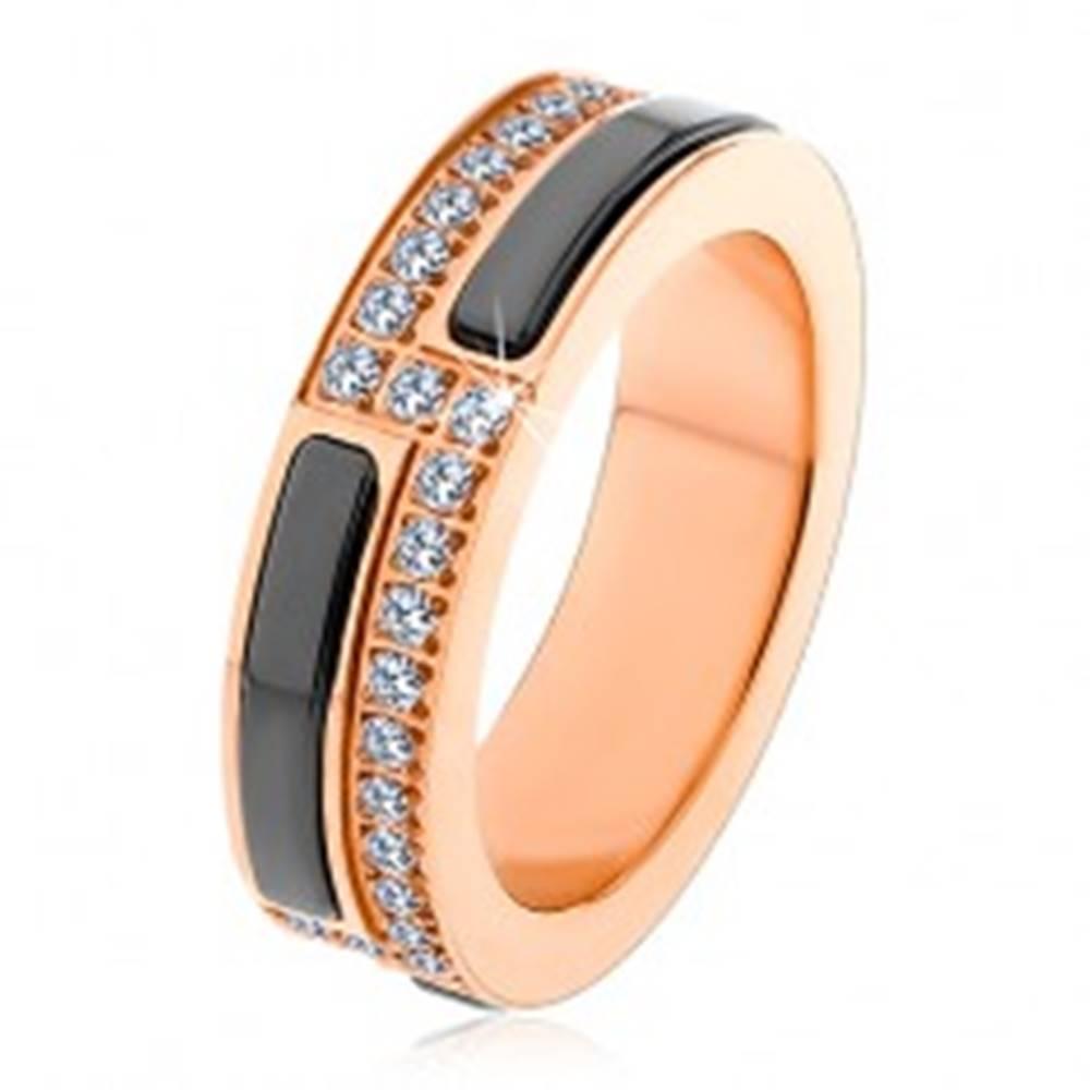 Šperky eshop Obrúčka z chirurgickej ocele medenej farby, pásy z čiernej keramiky a zirkónov - Veľkosť: 51 mm