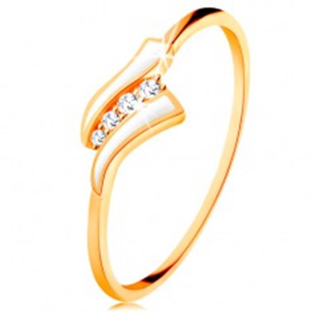 Šperky eshop Zlatý prsteň 585 - dve biele vlnky, línia čírych zirkónov, lesklé ramená - Veľkosť: 49 mm