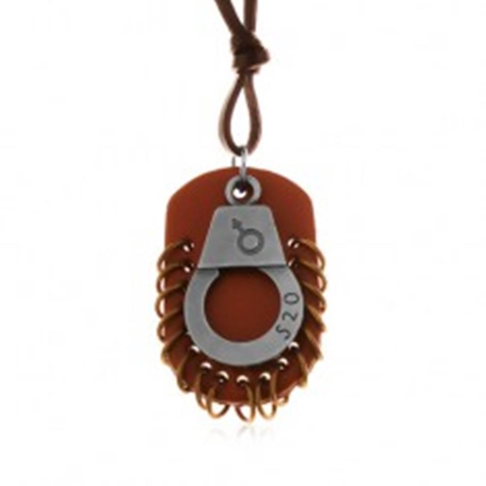 Šperky eshop Nastaviteľný kožený náhrdelník - putá s číslom, hnedá známka s kruhmi