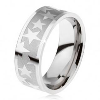 Prsteň z chirurgickej ocele, matný gravírovaný pás, lesklé hviezdy - Veľkosť: 59 mm