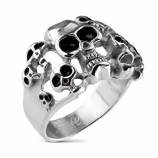 Prsteň striebornej farby z ocele 316L - desať lebiek s čiernou glazúrou - Veľkosť: 59 mm