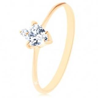Zlatý prsteň 585 - brúsené zirkónové srdiečko čírej farby, drobný okrúhly zirkónik - Veľkosť: 49 mm