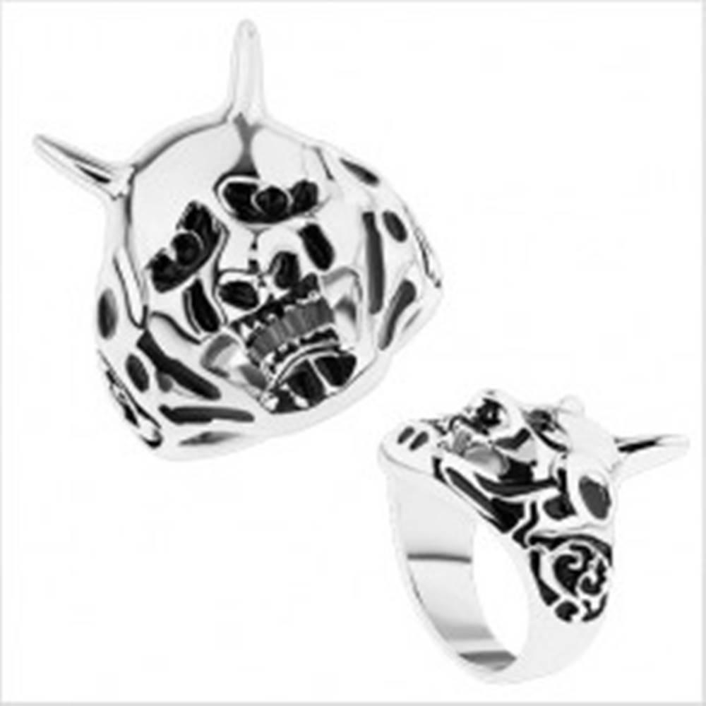 Šperky eshop Masívny prsteň z ocele 316L, patinovaný čert, zdobené ramená - Veľkosť: 59 mm
