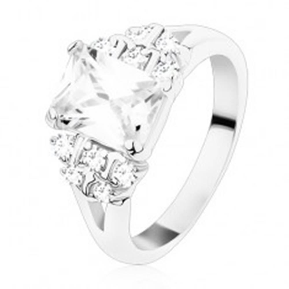 Šperky eshop Prsteň s rozdelenými ramenami, číry zirkónový obdĺžnik, okrúhle zirkóny - Veľkosť: 48 mm