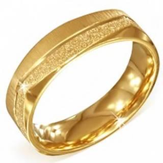 Hranatý oceľový prsteň zlatej farby - pieskovaný a saténový pás - Veľkosť: 54 mm