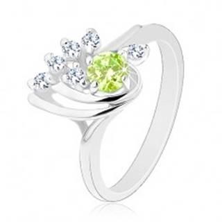 Lesklý prsteň - hladké oblúčiky, zirkónová číra línia, okrúhly svetlozelený zirkón - Veľkosť: 54 mm