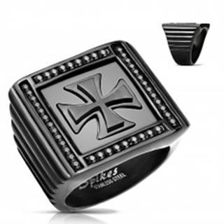 Mohutný prsteň čiernej farby, oceľ 316L, zirkóniky, maltézsky kríž - Veľkosť: 59 mm