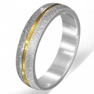 Pieskovaná obrúčka striebornej farby z ocele, zárez zlatej farby - Veľkosť: 55 mm