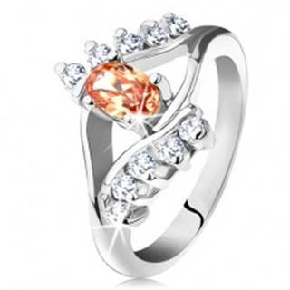 Prsteň v striebornej farbe s rozdelenými ramenami, oranžový ovál, číre línie zirkónov - Veľkosť: 49 mm