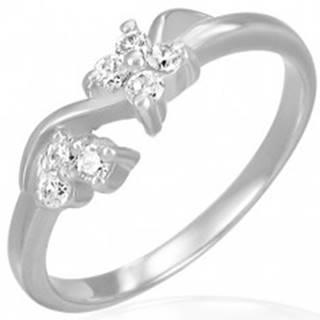 Zásnubný oceľový prsteň - číre zirkónové kvietky na vlnke - Veľkosť: 49 mm