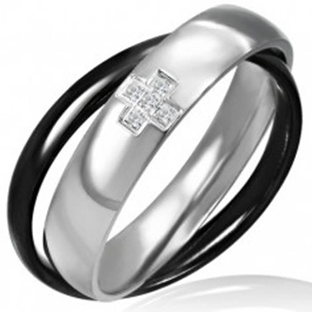 Šperky eshop Dvojprsteň z ocele - čiernej a striebornej farby, krížik - Veľkosť: 46 mm