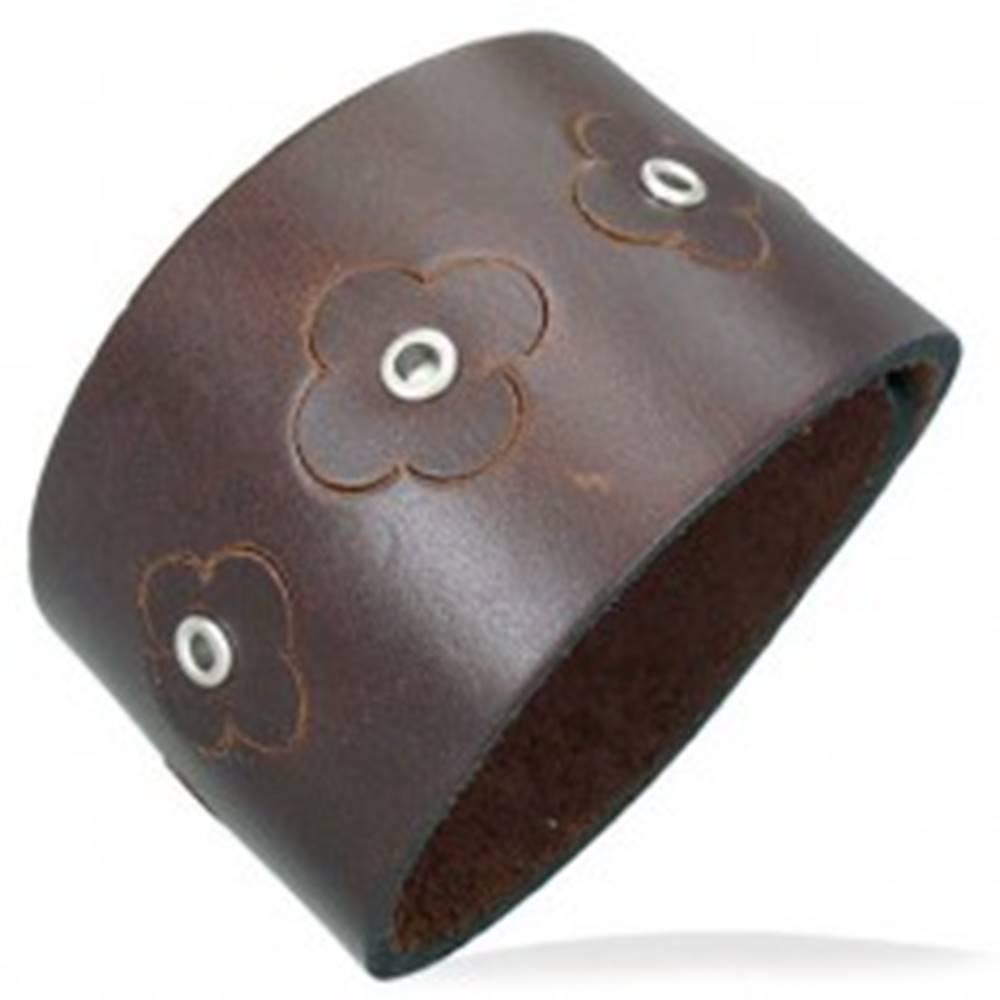 Šperky eshop Hnedý náramok z umelej kože - kvietky