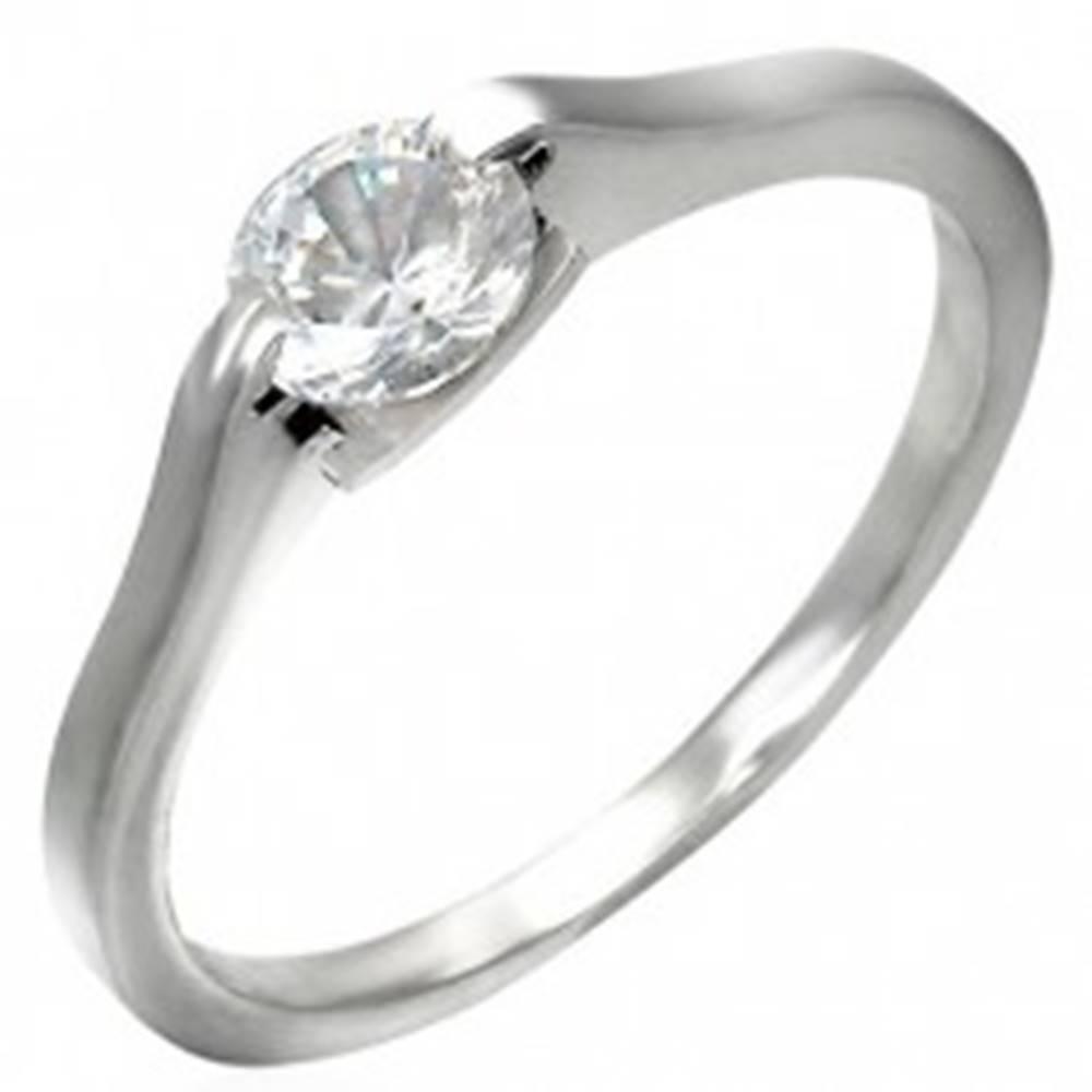Šperky eshop Klasický zásnubný prsteň - číre očko v úchyte - Veľkosť: 46 mm
