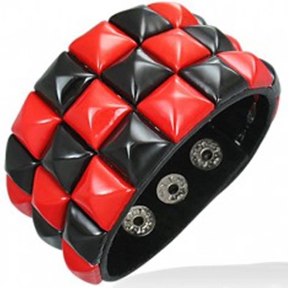 Šperky eshop Kožený náramok - červenočierny šachovnicový vzor
