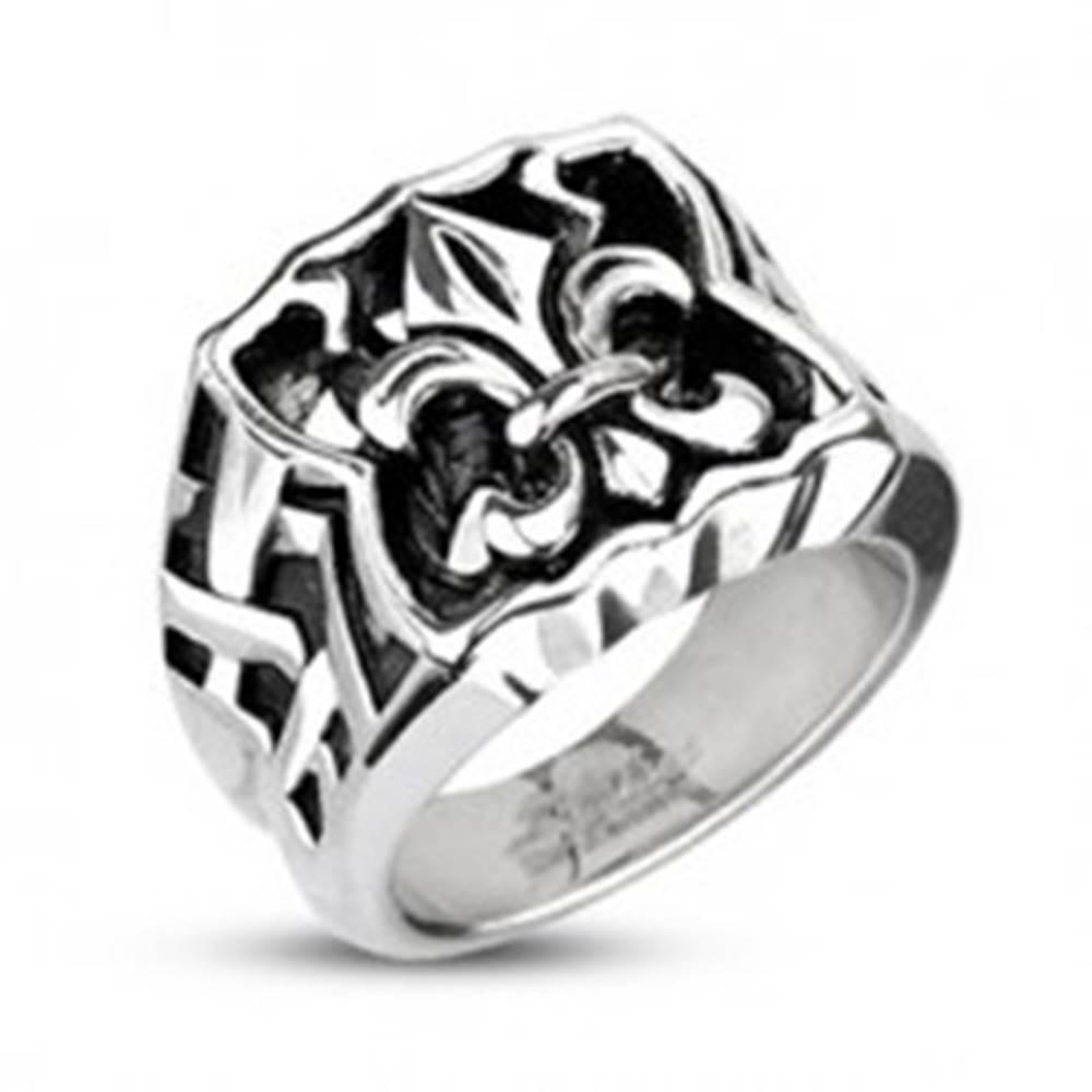 Šperky eshop Oceľový pečatný prsteň - Fleur de Lis - Veľkosť: 59 mm