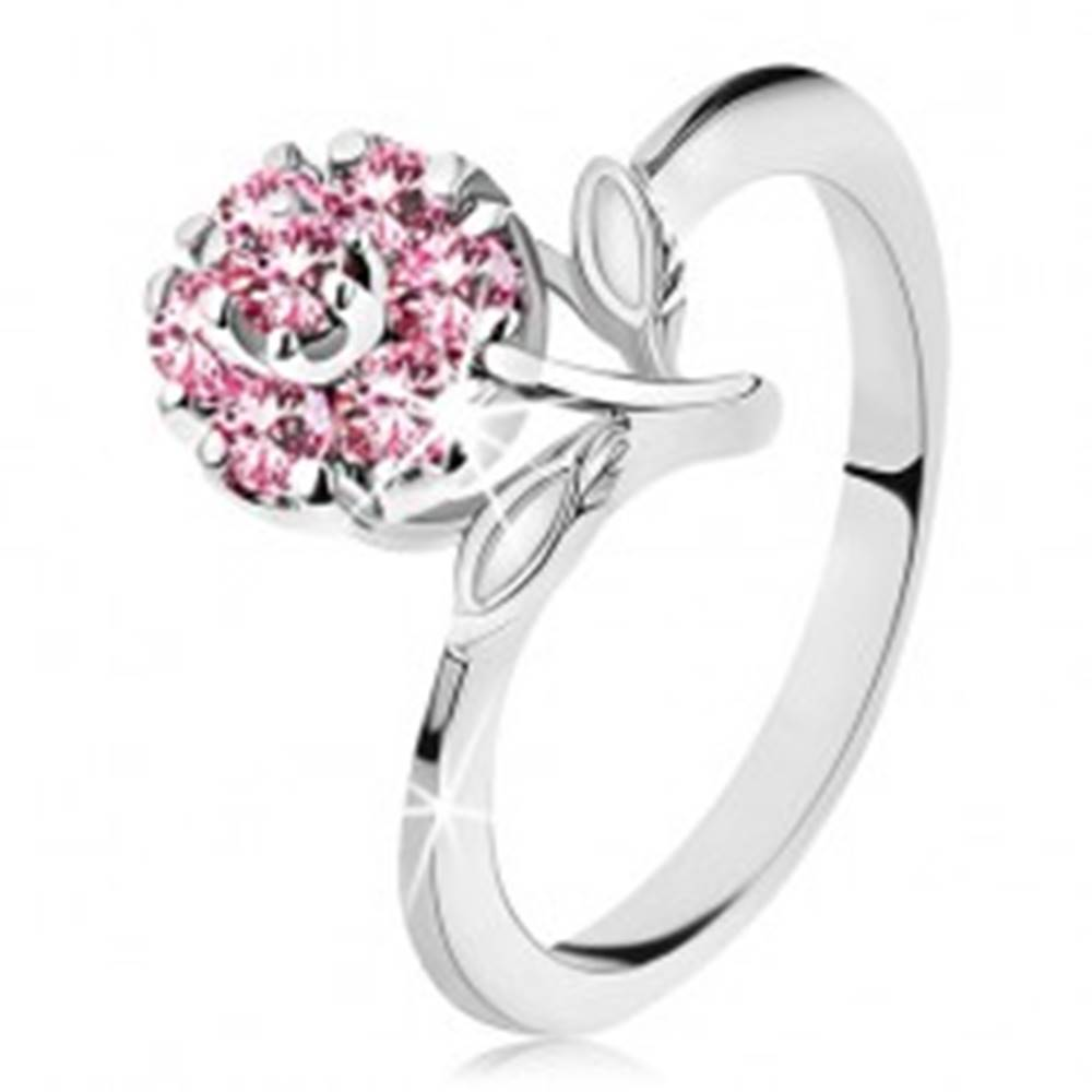 Šperky eshop Prsteň s ligotavým zirkónovým kvietkom v ružovej farbe, úzke lesklé ramená - Veľkosť: 56 mm