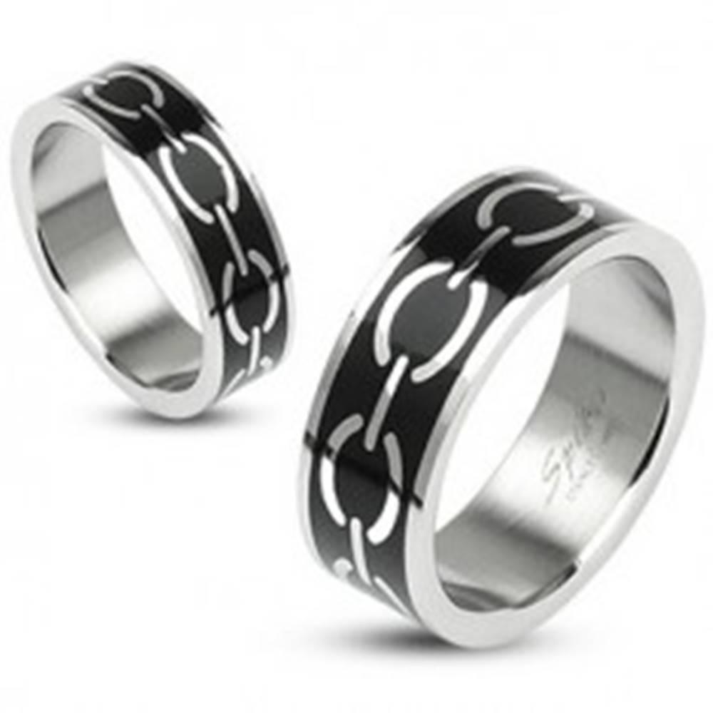Šperky eshop Prsteň s motívom reťaze na čiernom podklade - Veľkosť: 49 mm