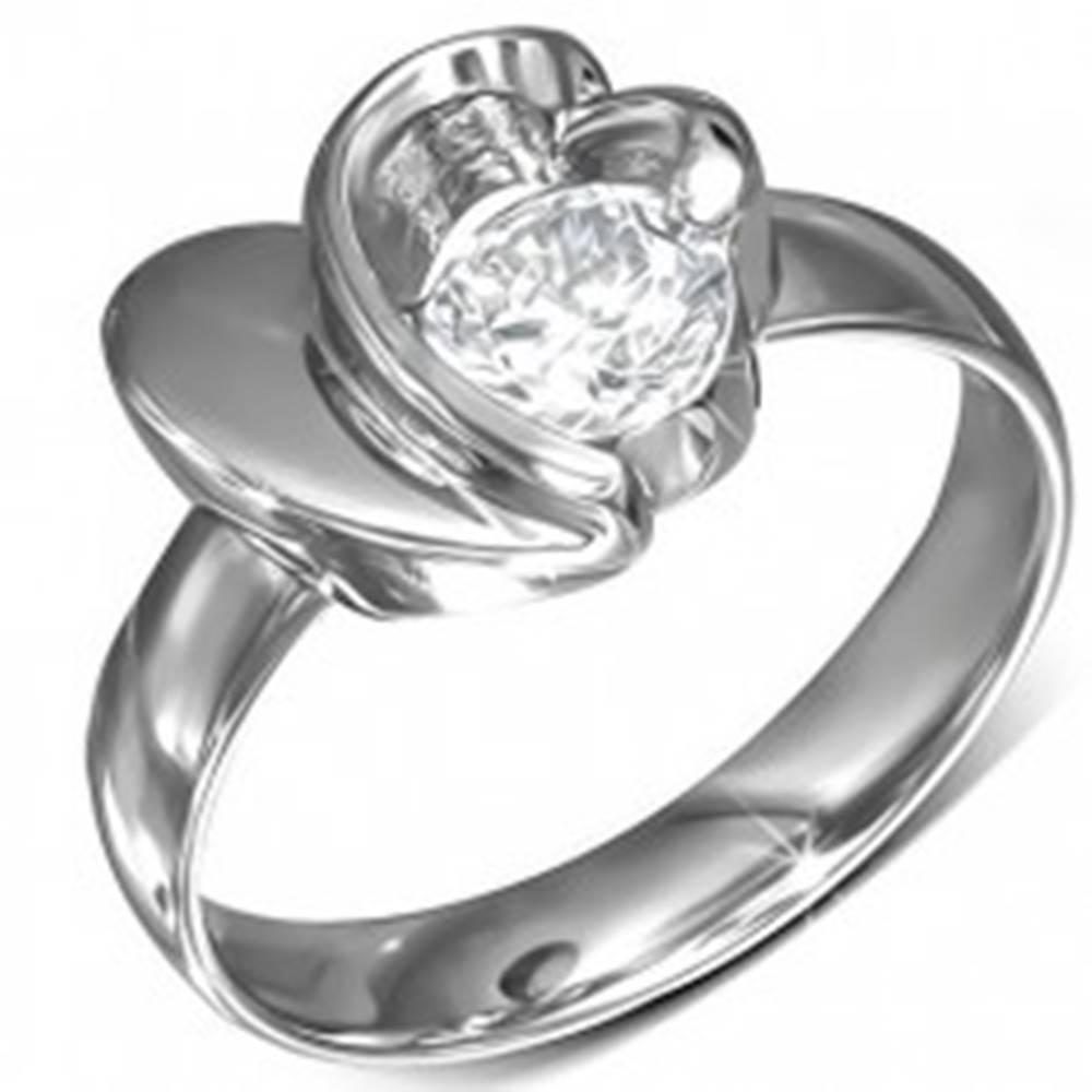 Šperky eshop Prsteň z chirurgickej ocele, okrúhly zirkón, srdce a obrys srdca - Veľkosť: 49 mm