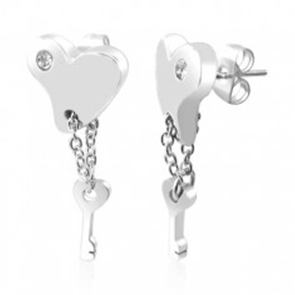 Šperky eshop Srdiečkové náušnice z ocele - kľúčik na retiazke