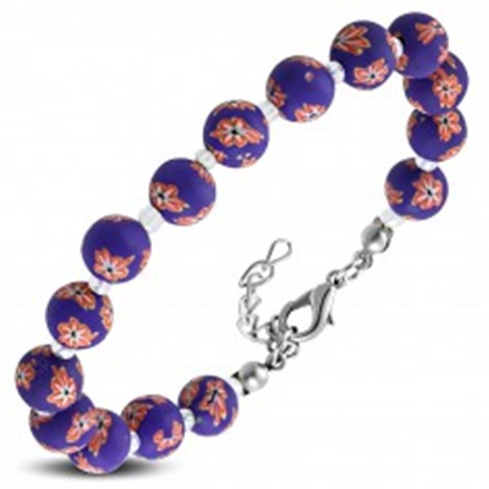 Šperky eshop Fialový náramok, väčšie FIMO guličky s kvetmi a drobné priehľadné korálky