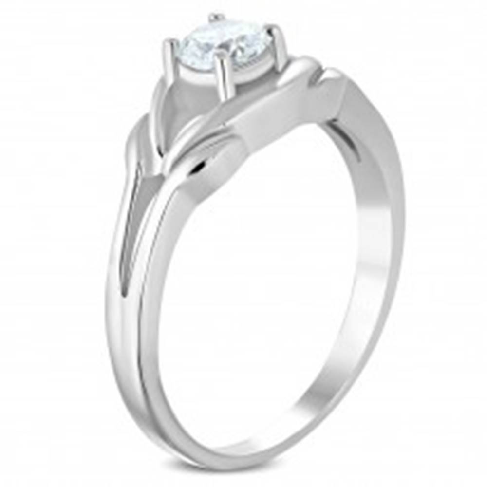 Šperky eshop Oceľový prsteň striebornej farby, číry zirkón, rozdelené ramená - Veľkosť: 49 mm