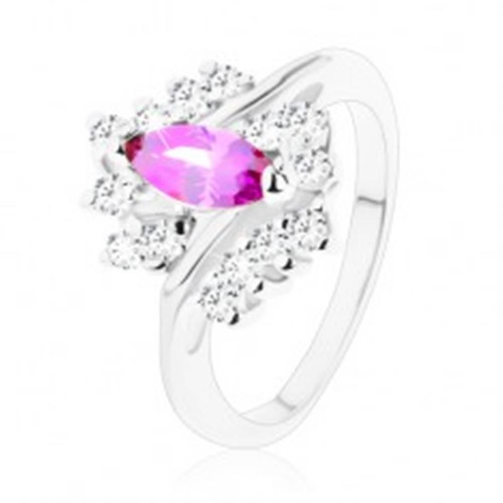 Šperky eshop Prsteň v striebornom odtieni s ametystovo fialovým zrnom, číre zirkóny - Veľkosť: 51 mm