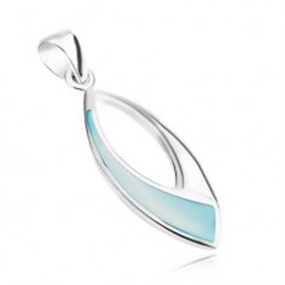 Šperky eshop Strieborný prívesok 925, lesklý ovál s modrou perleťou a výrezom uprostred