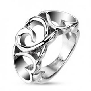 Oceľový prsteň - tri cifrované srdiečka - Veľkosť: 48 mm