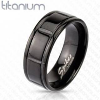 Titánový čierny prsteň s drážkami po okrajoch - Veľkosť: 59 mm