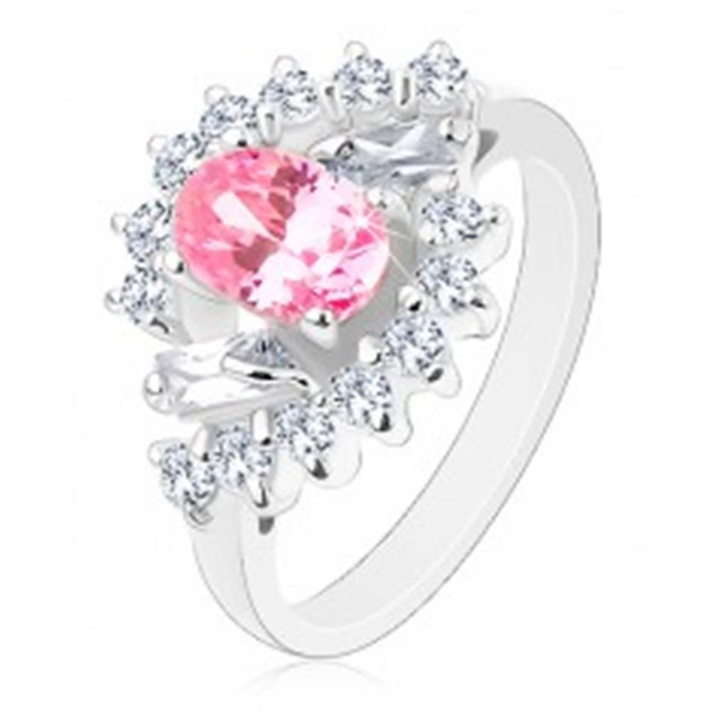 Šperky eshop Prsteň v striebornom odtieni, brúsený ovál ružovej farby, číre zirkónové oblúky - Veľkosť: 51 mm