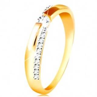 Zlatý 14K prsteň - trblietavý a hladký pás, okrúhly zirkón čírej farby - Veľkosť: 49 mm