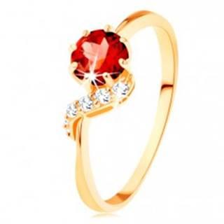 Zlatý prsteň 585 - okrúhly granát červenej farby, ligotavá vlnka - Veľkosť: 49 mm
