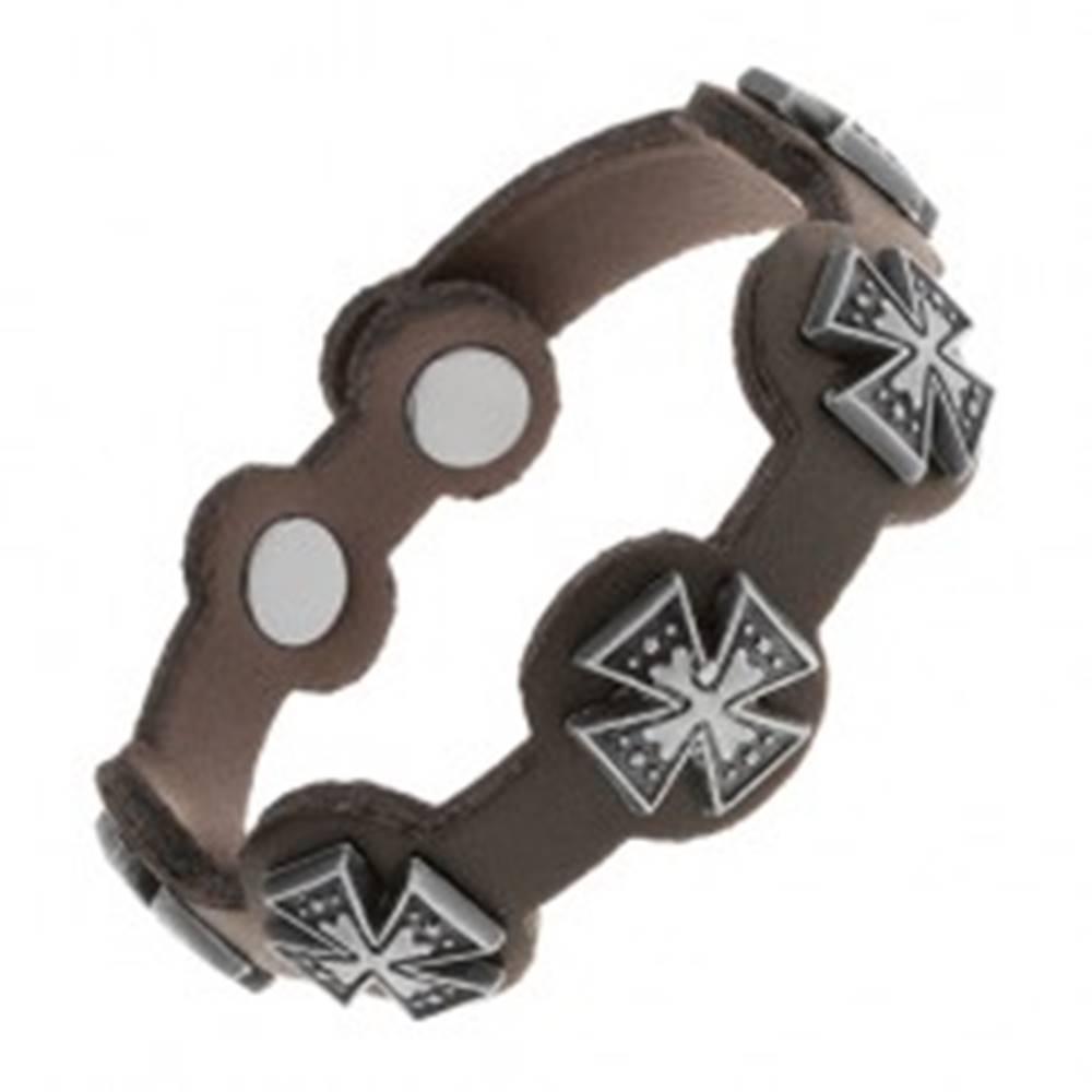 Šperky eshop Čierny náramok zo syntetickej kože, oceľové maltézske kríže s patinou