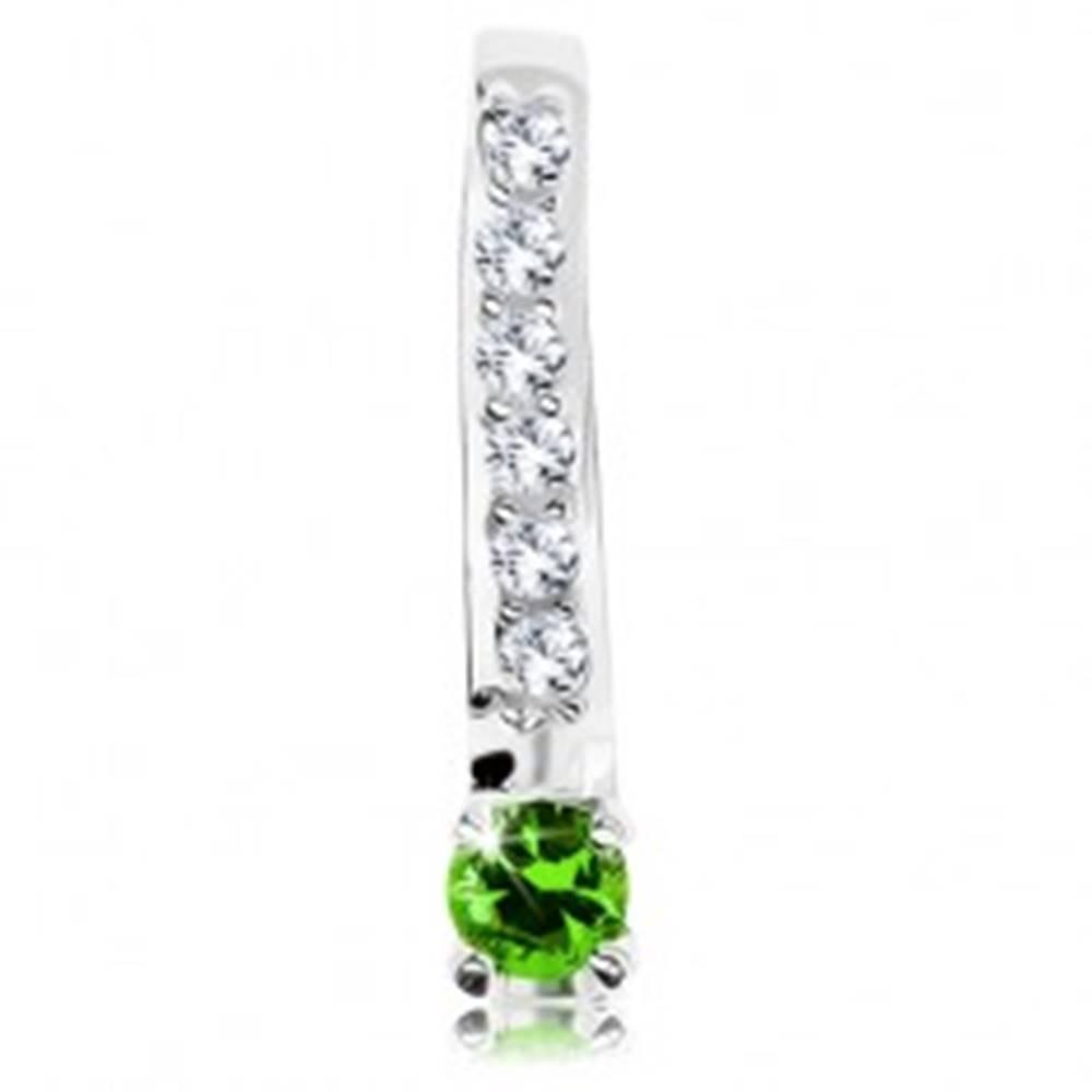 Šperky eshop Strieborný 925 prívesok, trblietavý číry pásik, okrúhly zirkón zelenej farby