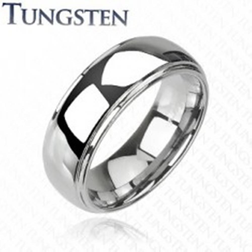 Šperky eshop Wolfrámová obrúčka - vyvýšený stred, zrkadlový lesk, 6 mm - Veľkosť: 49 mm