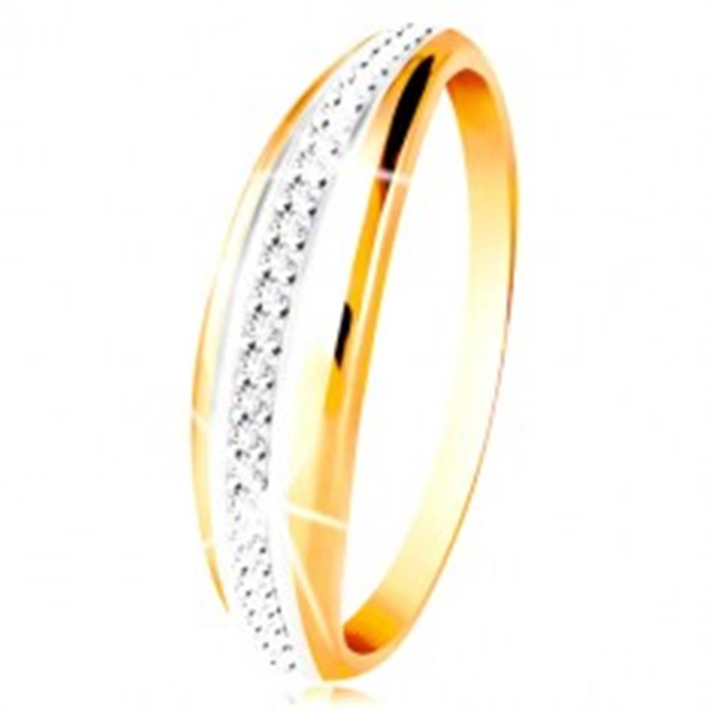 Šperky eshop Zlatý 14K prsteň - vypuklý pás s líniou bieleho zlata a čírych zirkónov - Veľkosť: 49 mm