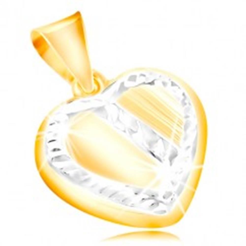 Šperky eshop Zlatý prívesok 14K - srdce s lemom a šikmým pásom z bieleho zlata, zárezy