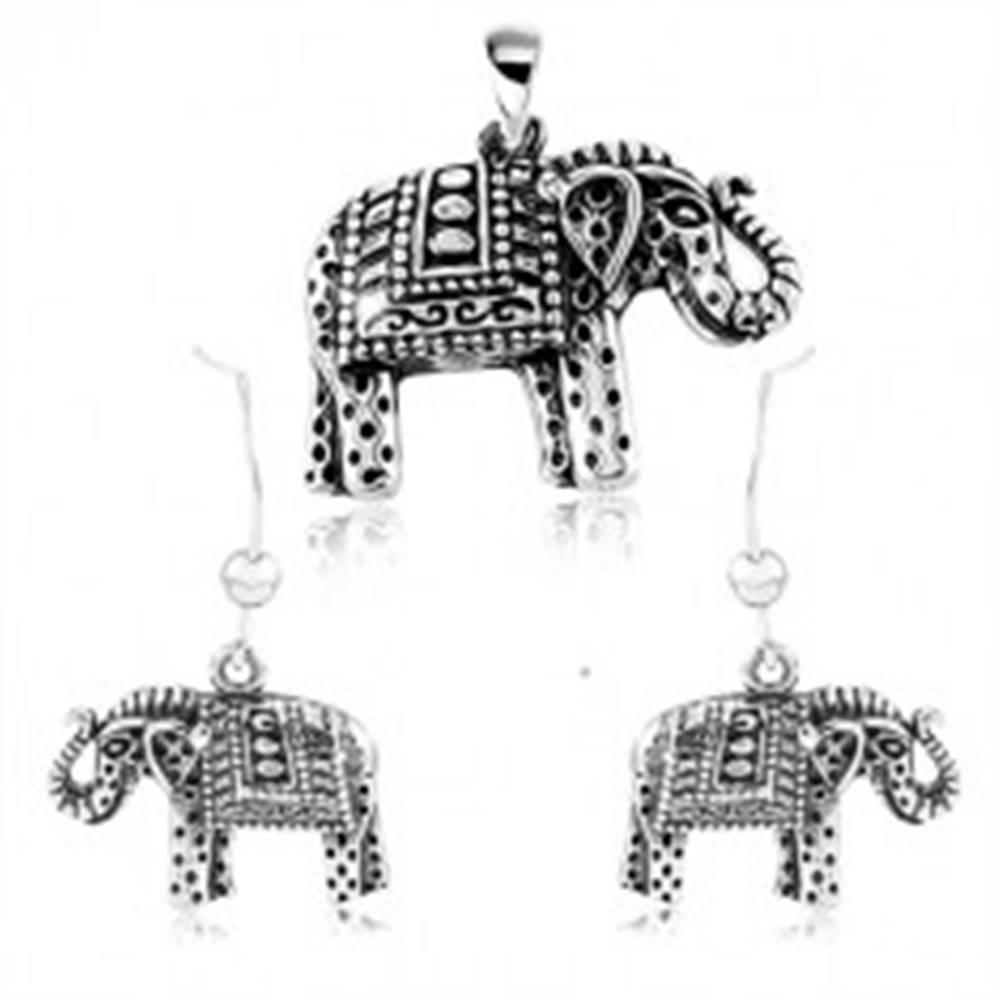 Šperky eshop Strieborný 925 set, náušnice a prívesok, gravírovaný slon s čiernou patinou