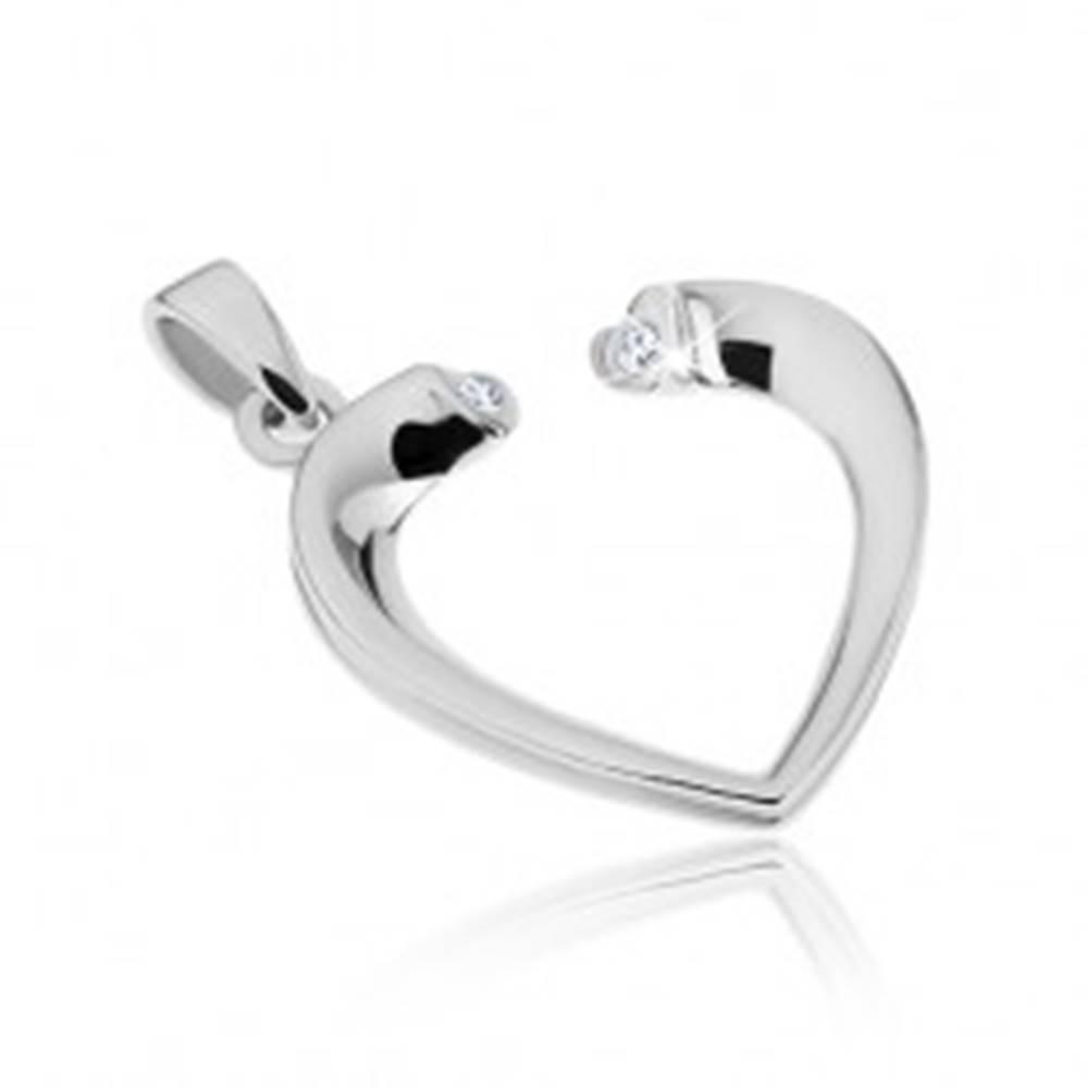 Šperky eshop Strieborný prívesok 925 - obrysové srdce so zirkónmi